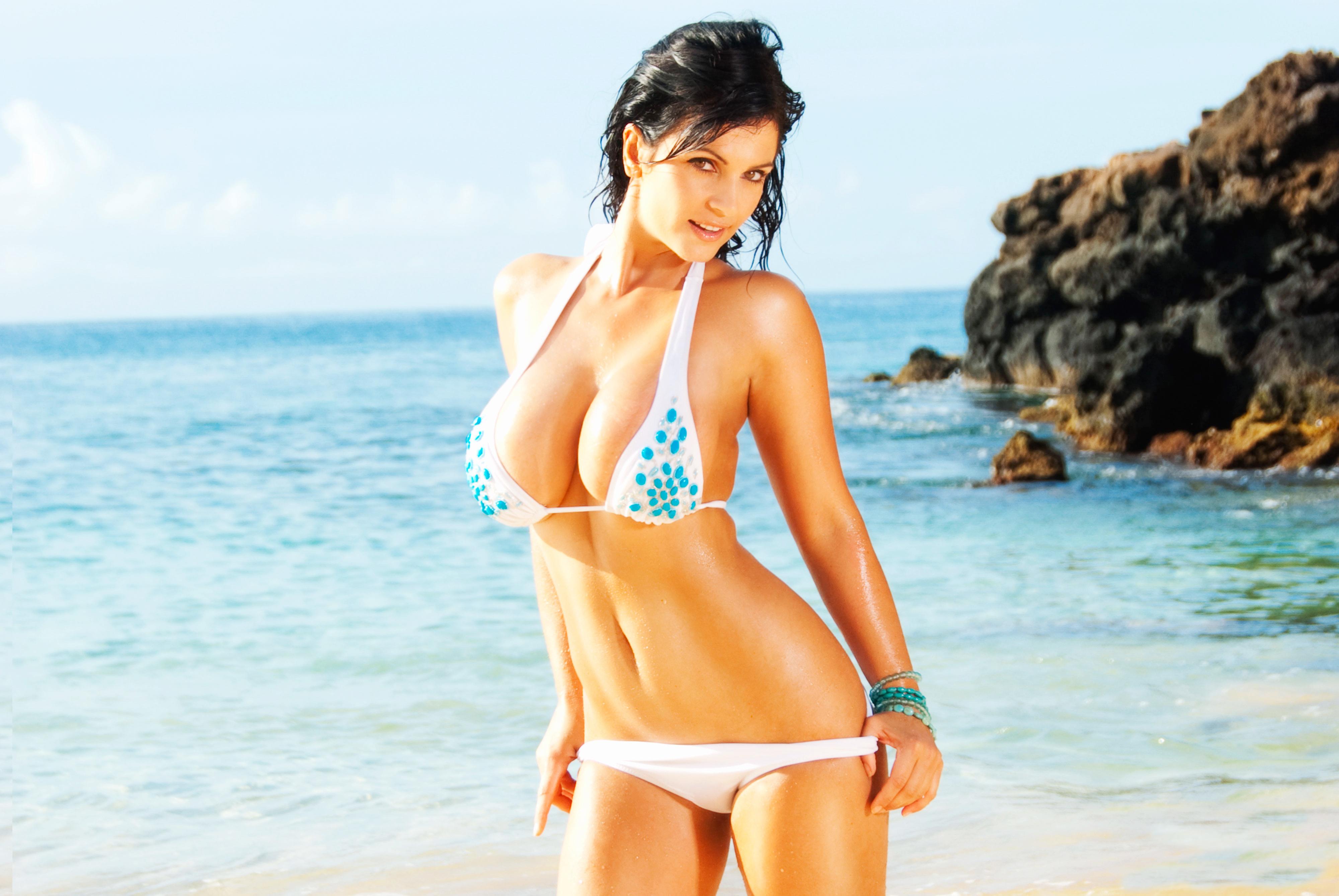 Beautiful Indian Girl Hd Wallpapers 1080p Denise Milani Sweetbeauty S Girls
