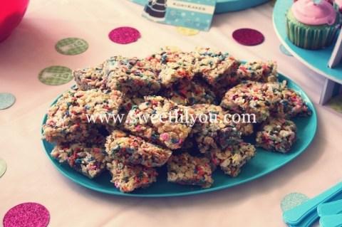 rainbow sprinkle rice krispie treats