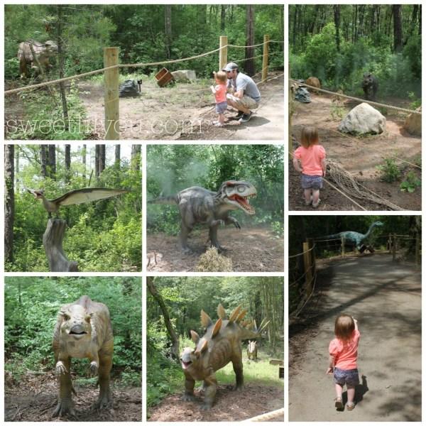 Dinosaurs on the trail at Dinoland Edaville