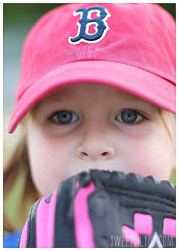 Intense eyes Avery pitching