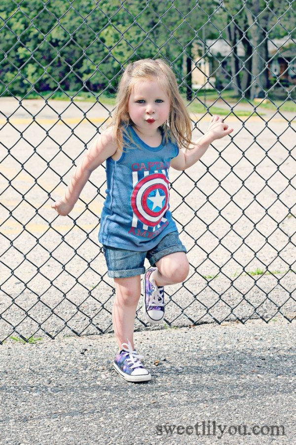 Avery Super Hero Microfashion for girls
