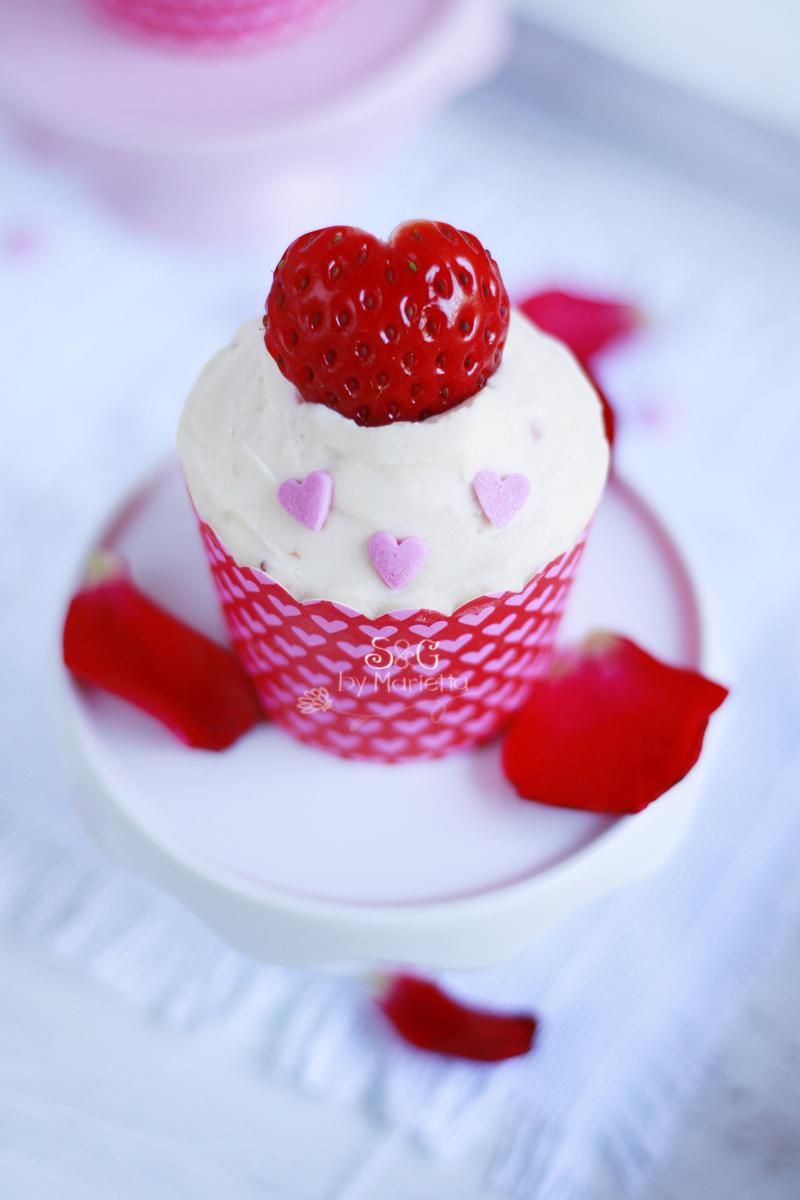 Cupcakes de fresa y chocolate blanco Sweets & Gifts by Marietta