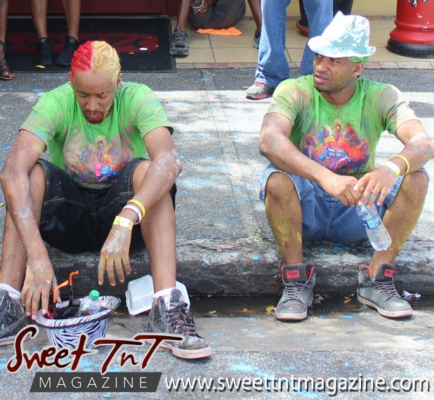 Jouvert masqueraders resting on Ariapita Avenue, Carnival 2017 in sweet T&T for Sweet TnT Magazine, Culturama Publishing Company, for news in Trinidad, in Port of Spain, Trinidad and Tobago, with positive how to photography.
