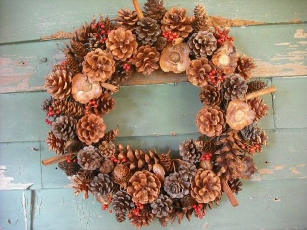 Image Result For Christmas Crafts With Large Pine Cones