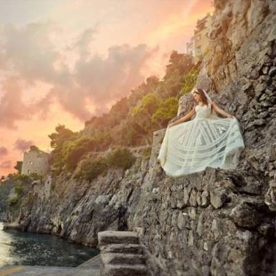 Romantic Positano, Italy Bridal Shoot