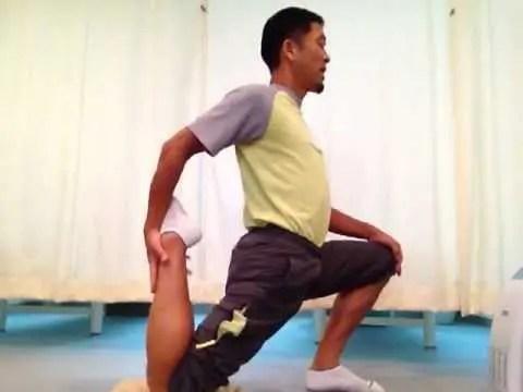 腰痛防止のための腸腰筋ストレッチ