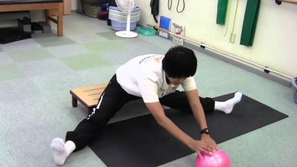 股関節を柔らかくして動き改善