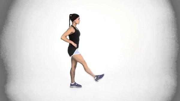股関節の動きを良くする準備運動のやり方