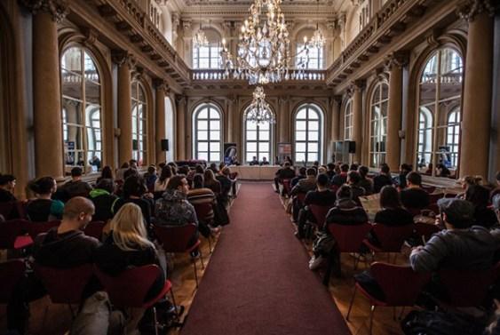 Waves-Bratislava-2013_Primacialny-Palac_panelove-diskusie