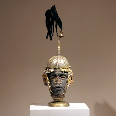 black-face+eyes+gold-helmet-warrior-kriegerisch-55x15x17--180