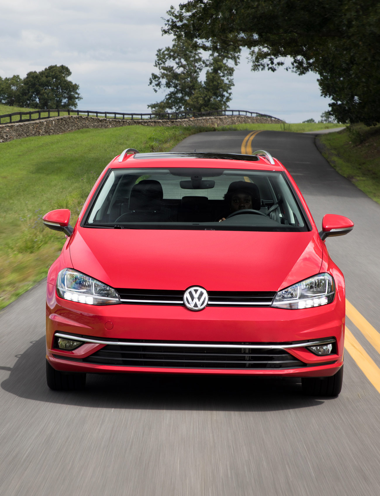 Coole Sportwagen The Volkswagen Sportwagen Is A Longer Better Golf The Ultimate