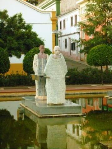 Beautiful statues at Silves