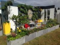 Edible Balcony Garden. Edible Garden Ideas Yrd Edible ...