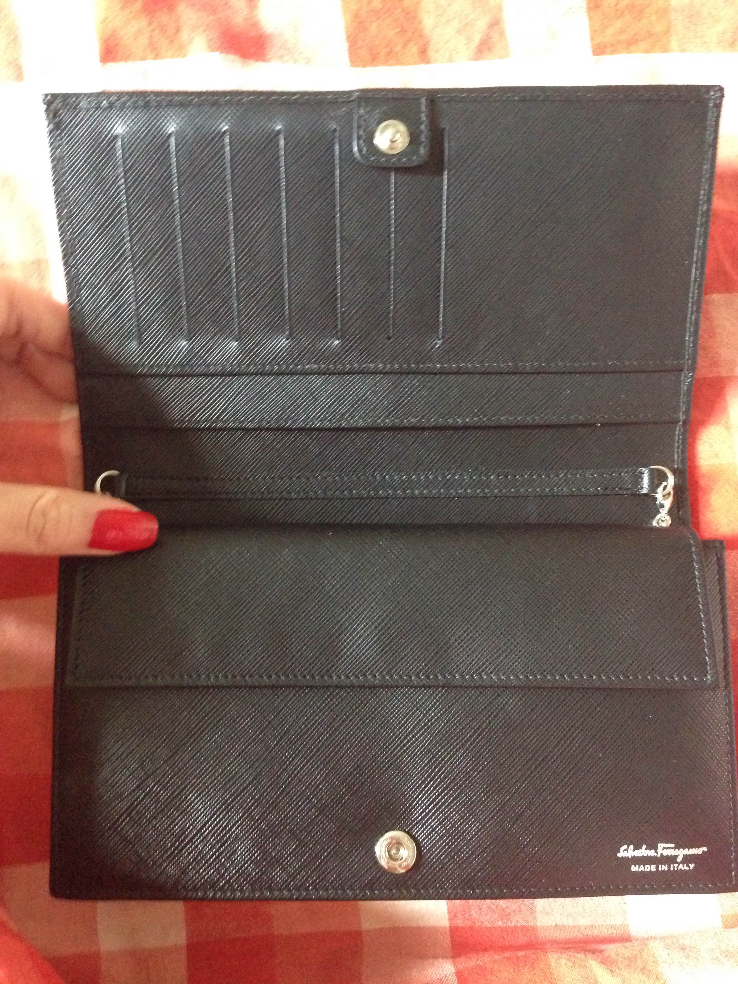Mini Vs Woc Review Salvatore Ferragamo Miss Vara Clutch Bow Wallet On