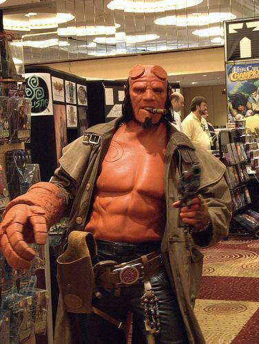 El veo veo mamoneo y la elección de Hellboy