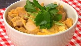 ヒルナンデス!『親子丼』の簡単基本レシピ【大ヨコヤマクッキング】