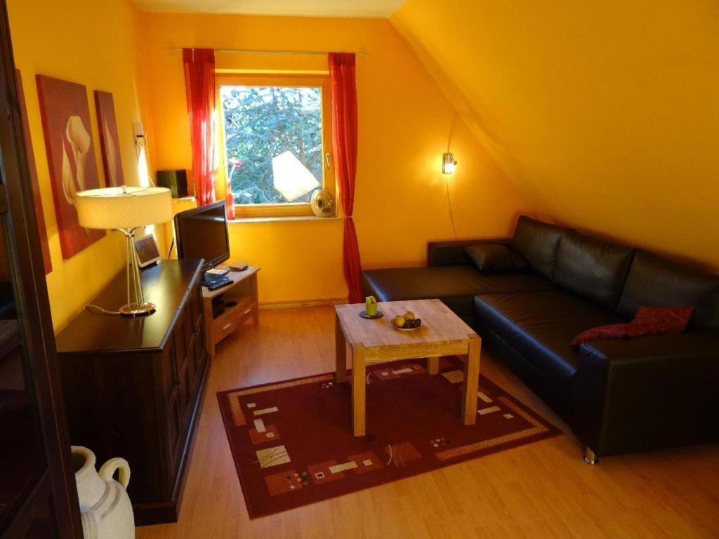 Couchtisch Tating Apartment Haus Marla Tating Germany Booking