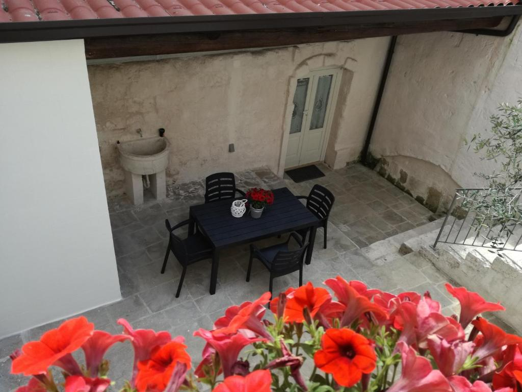 Beste Sofabetten 2018 Holidays Sassi Sotto Le Stelle Matera Updated 2018 Prices