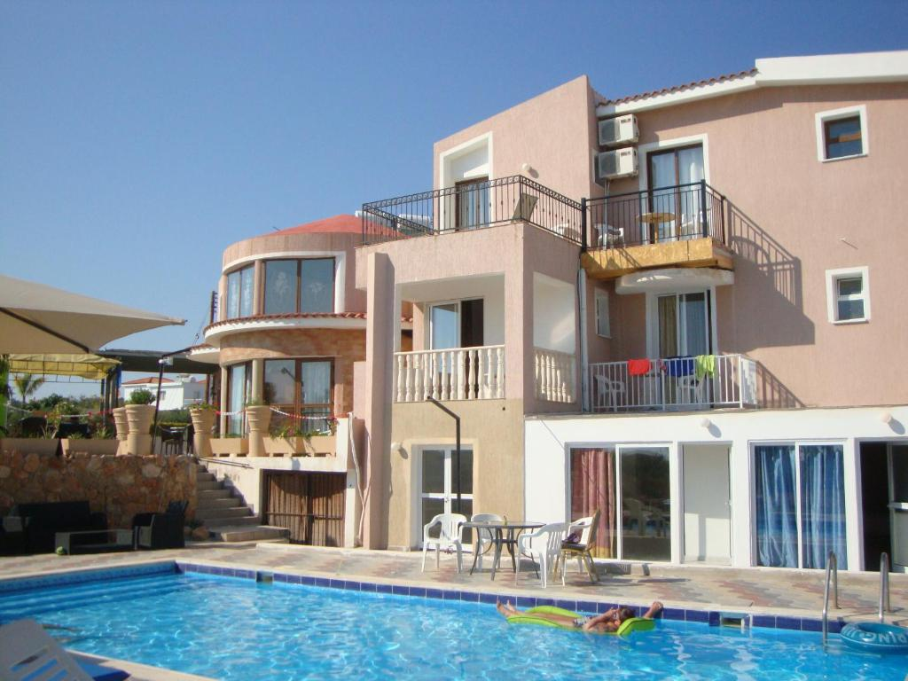 Bella Rosa Bed And Breakfast Bella Rosa Coral Bay Cyprus Booking