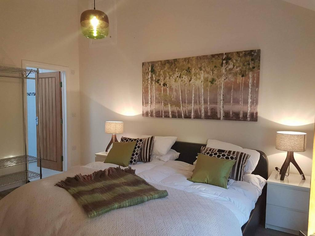 Bed And Breakfast Woburn Four Oaks The Barn Deck And Den Leighton Buzzard Updated 2019