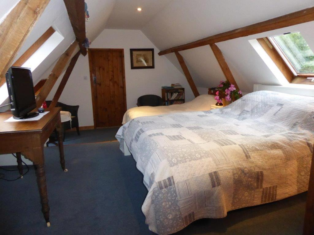 Bed And Breakfast Surrey Heath Hall Farm Godalming Updated 2019 Prices