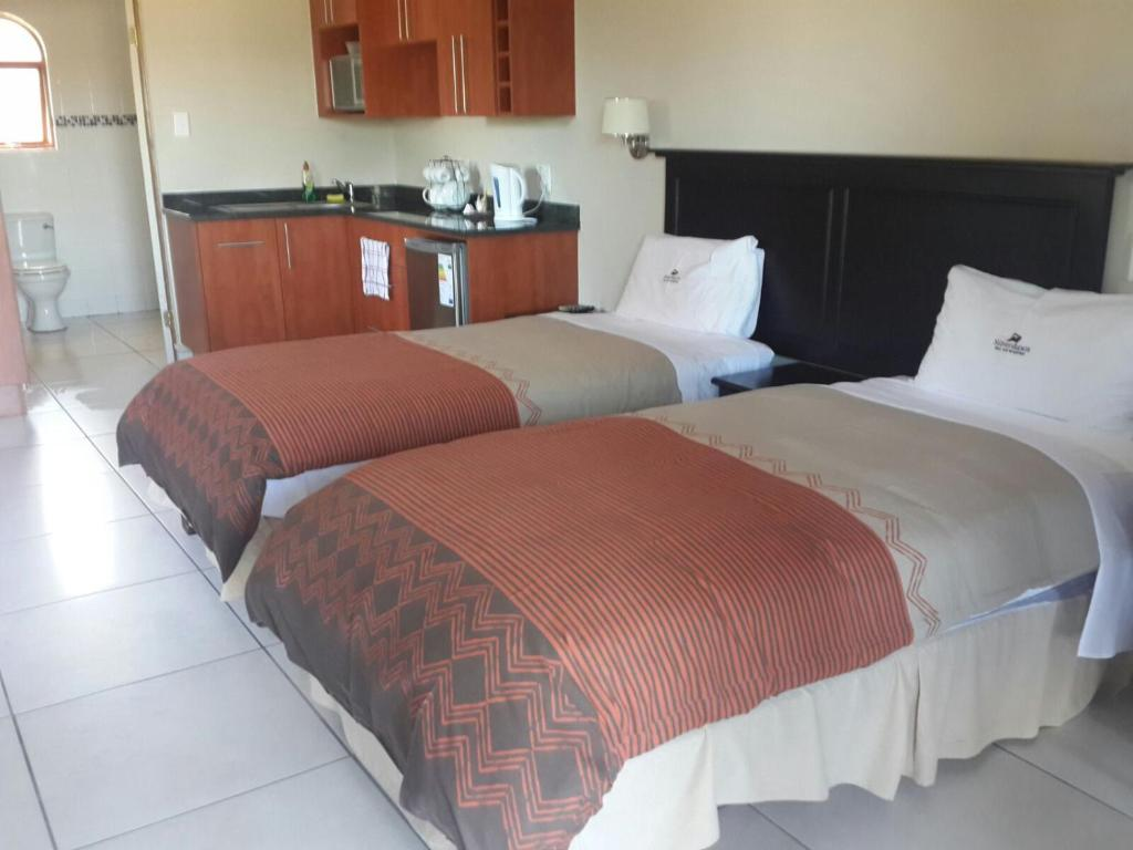 B B Bed Breakfast Bed And Breakfast Silverdawn Bb East London South Africa