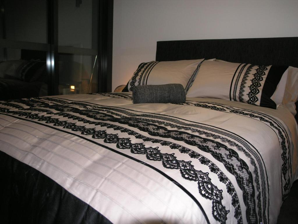Bedding Stores Canberra Apartment Kesh At Infinity Towers Canberra Australia Booking