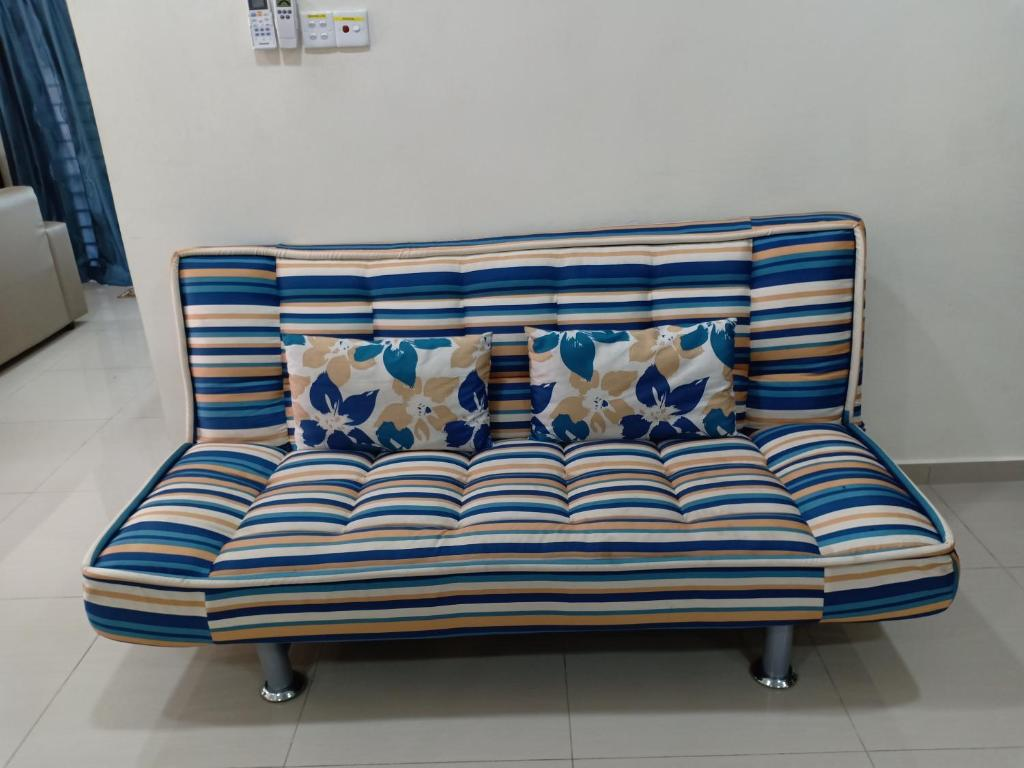 Sofa Bed Giant Malaysia Homestay Kg Paya Port Dickson Updated 2019 Prices