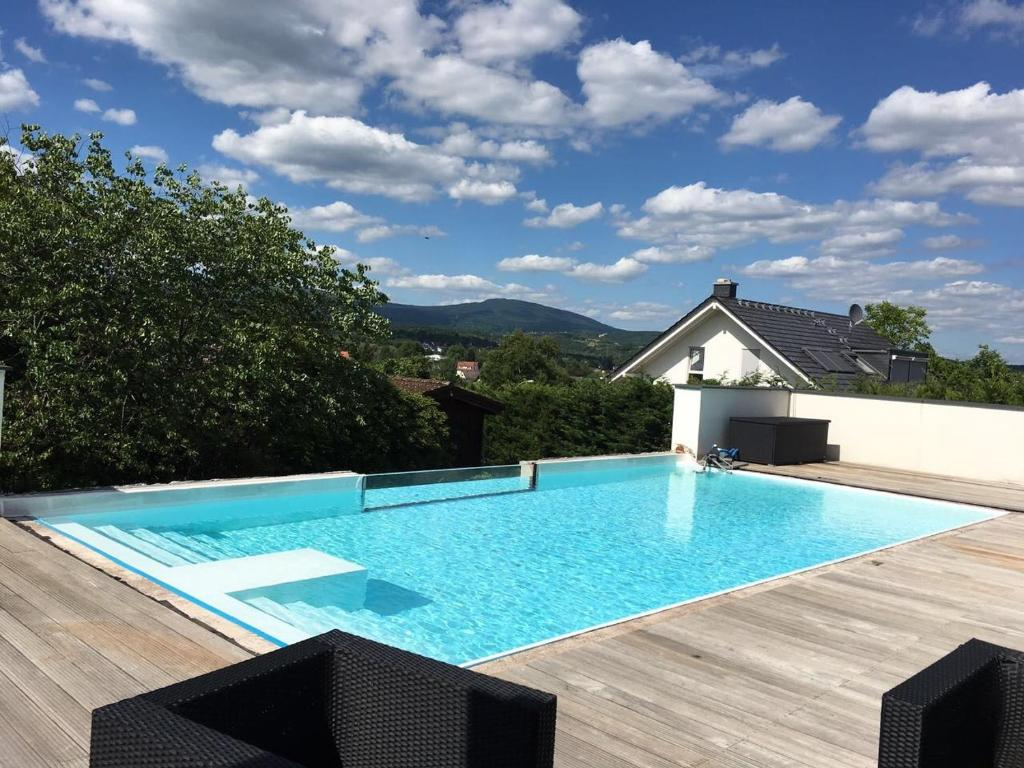 Cash Pool Mannheim Luxusvilla Mit Pool Kelkheim Updated 2019 Prices