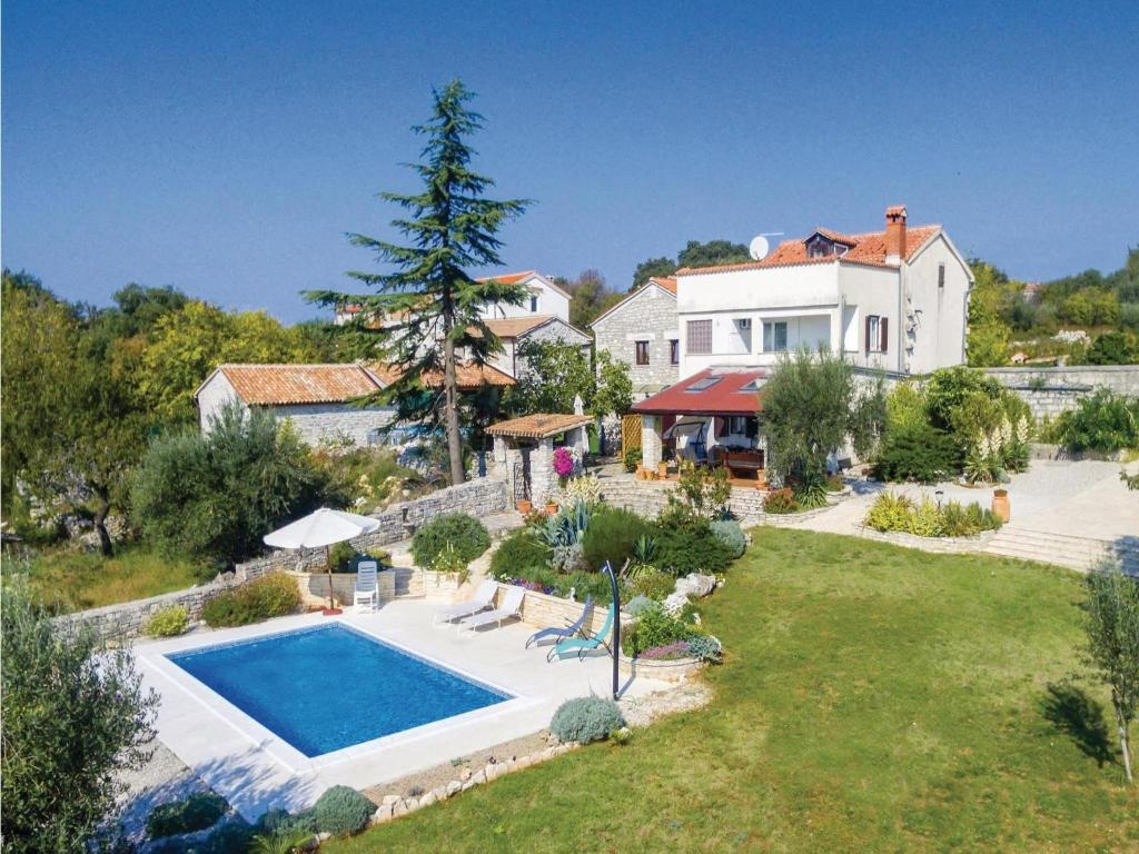 Ferienhaus Kroatien Mit Pool 4 Personen Four Bedroom Holiday Home In Jural Kroatien Jural Booking