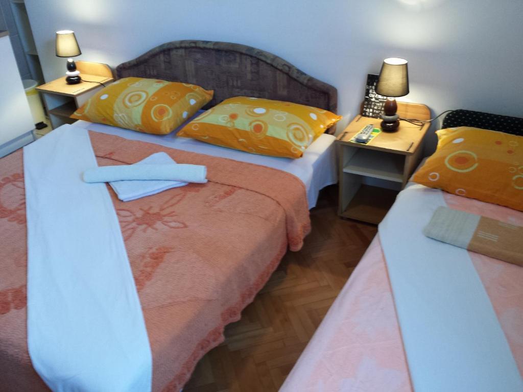 Kleiderschränke Reinigen Bettdecken Reinigen Lassen Kosten