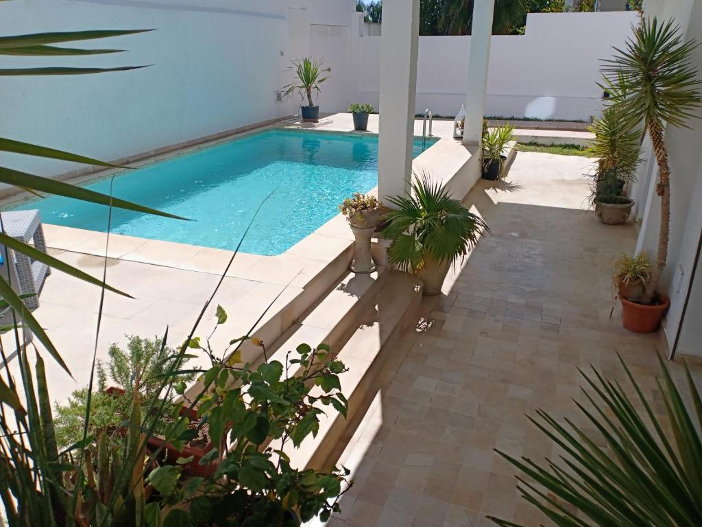 Mobilier Exterieur Tunisie Villa With Swimming Pool La Marsa Café Journal Tunis Tarifs 2019