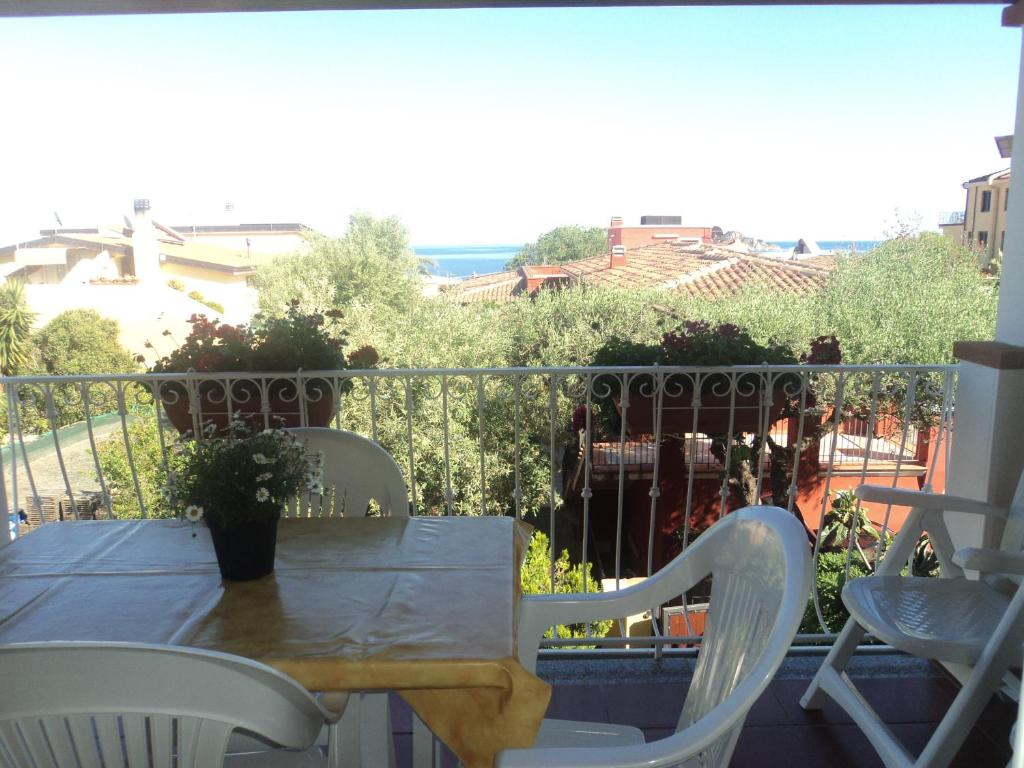 Casa Bruno Appartamenti Casa Bruno Santa Maria Navarrese Updated 2019 Prices
