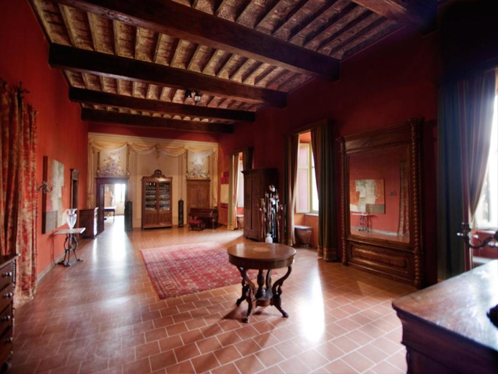 Al Camino Neive Bed Breakfast Castello Di Coazzolo Italia Neive Booking