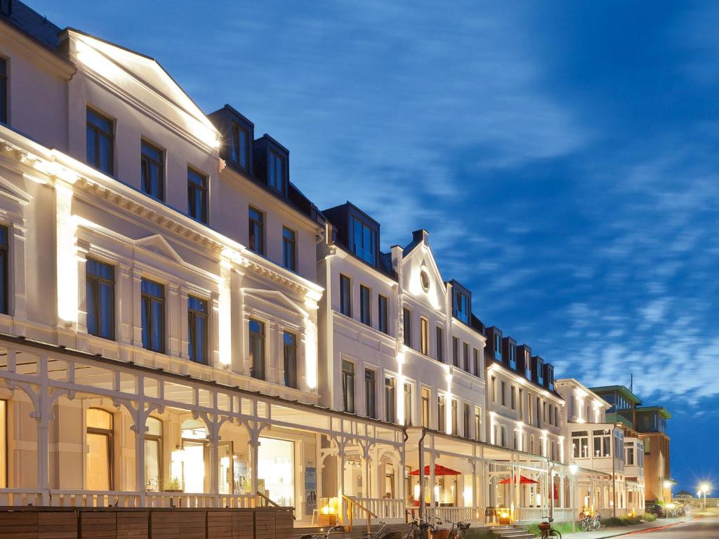 Restaurant Am Kamin Norderney Condo Hotel Inselloft Norderney Germany Booking