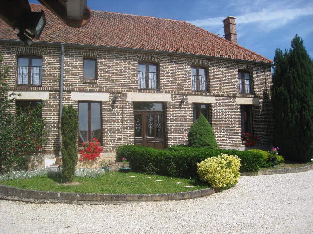 La Chambre D Amis Bed And Breakfast La Chambre D Amis Montgueux France Booking