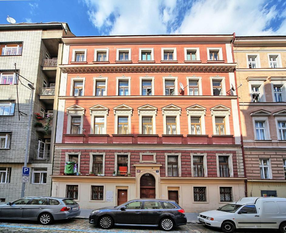 Wohnung In Prag Apartments Safarikova, Prague, Czech Republic - Booking.com