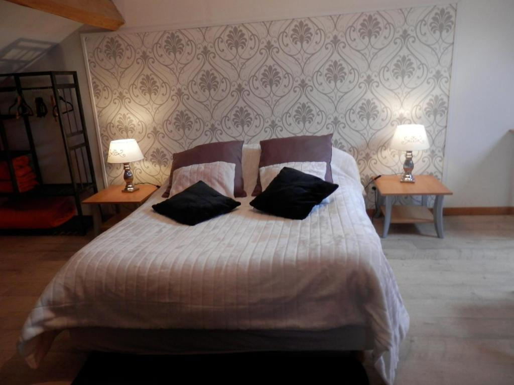 Booking Chambre D Hote Bed And Breakfast Chambres D Hôtes Roseland Paray Le Monial