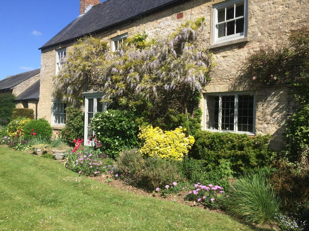 Bed And Breakfast Woburn Mill Farm Milton Keynes Updated 2019 Prices