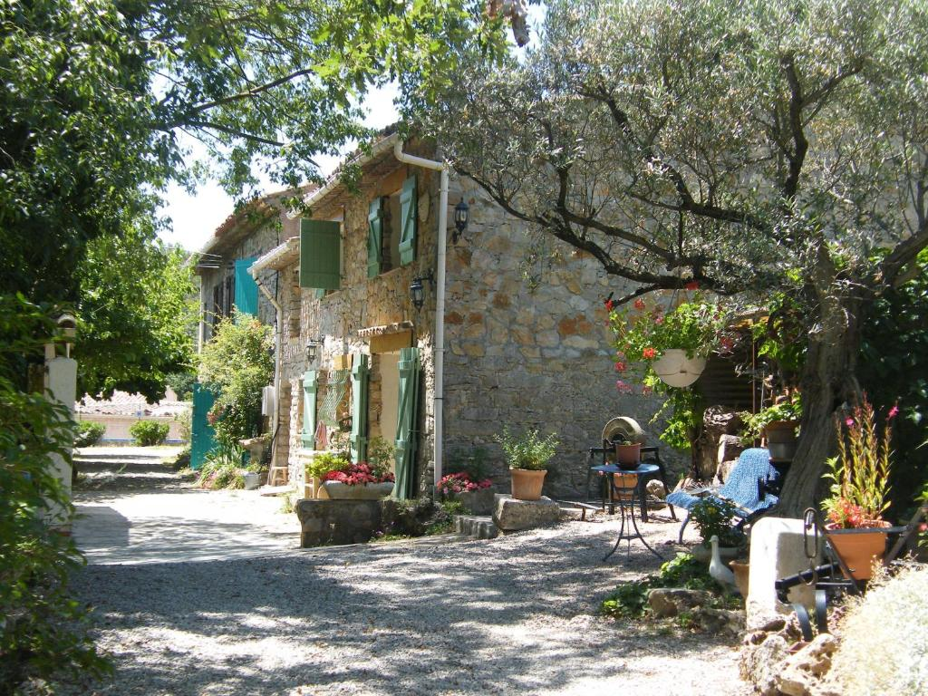 Photo Maison De Campagne Vacation Home Campagne Les Trucs Le Luc France Booking