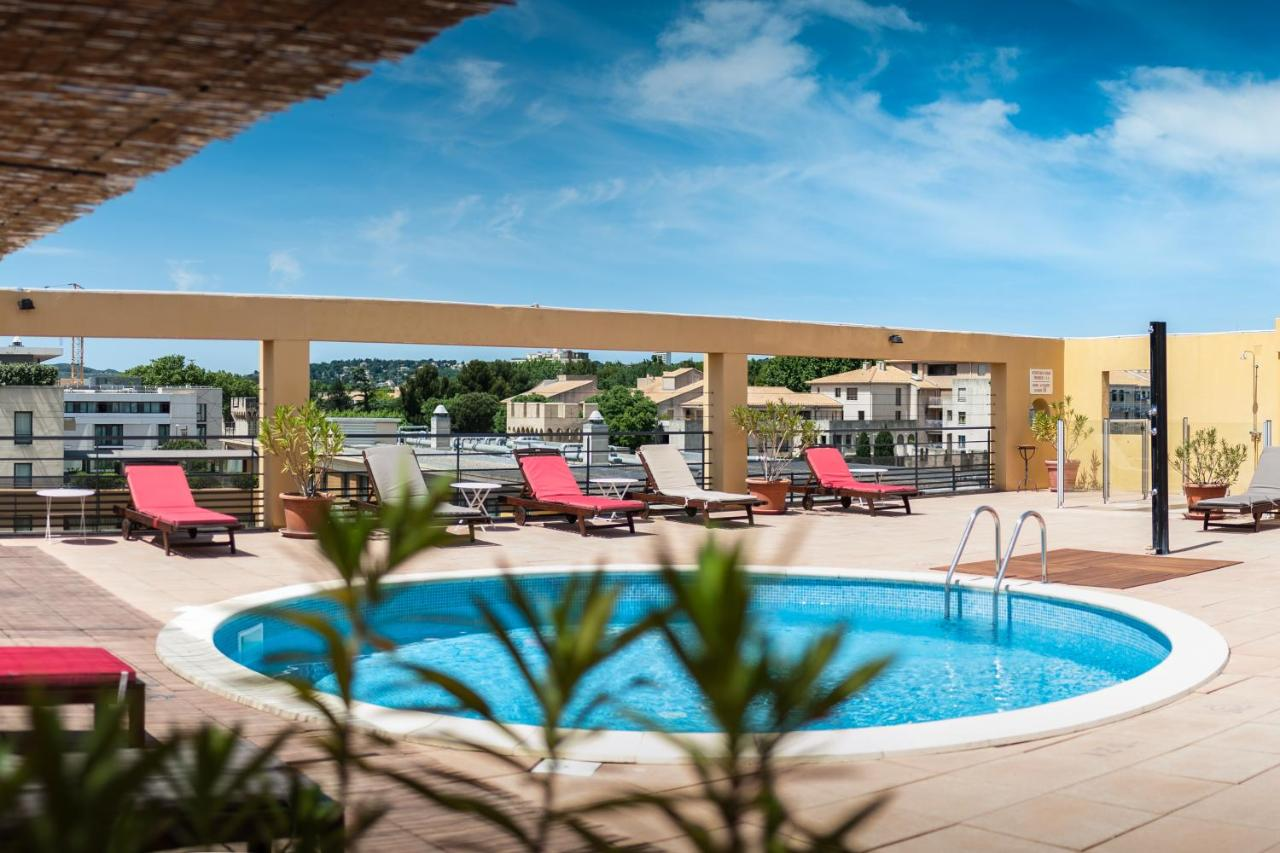 Avignon Hotel Piscine Avignon Grand Hotel France Booking