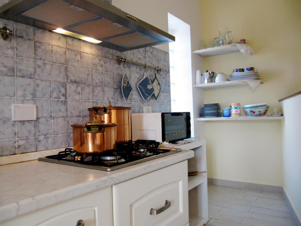 Cucina Biagio Hours Villa Costa Terracina Italy Booking