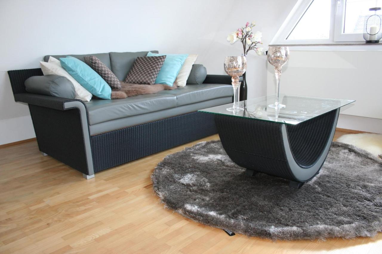 Grüne Sofa Erlangen Apartment City Living House Nürnberg Updated 2019 Prices