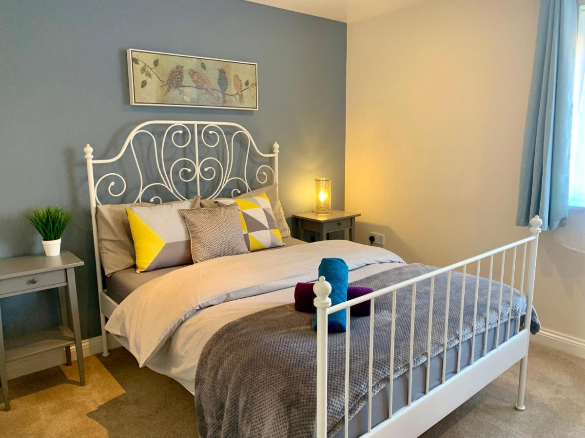 Dreams Beds Northampton Denim Dreams Apartment Kettering Updated 2019 Prices