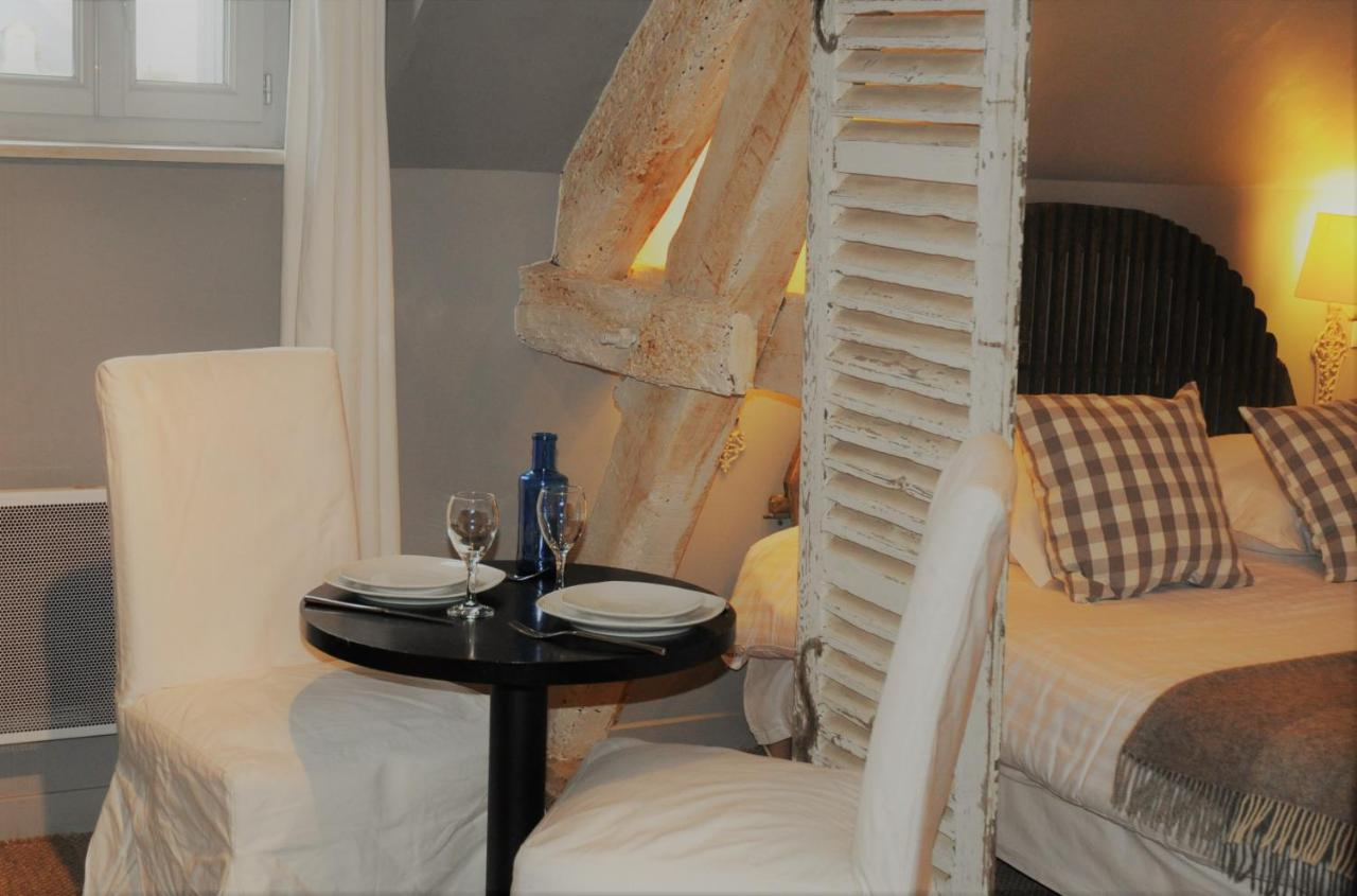 Chambre D'hotes Niort Bed And Breakfast Chambres D Hôtes Niort France Booking