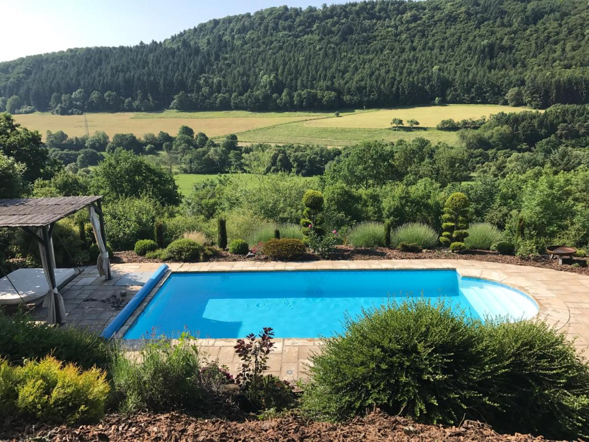 Cash Pool Homburg Apartment Fewo Naturpark Taunus Weinbach Germany Booking