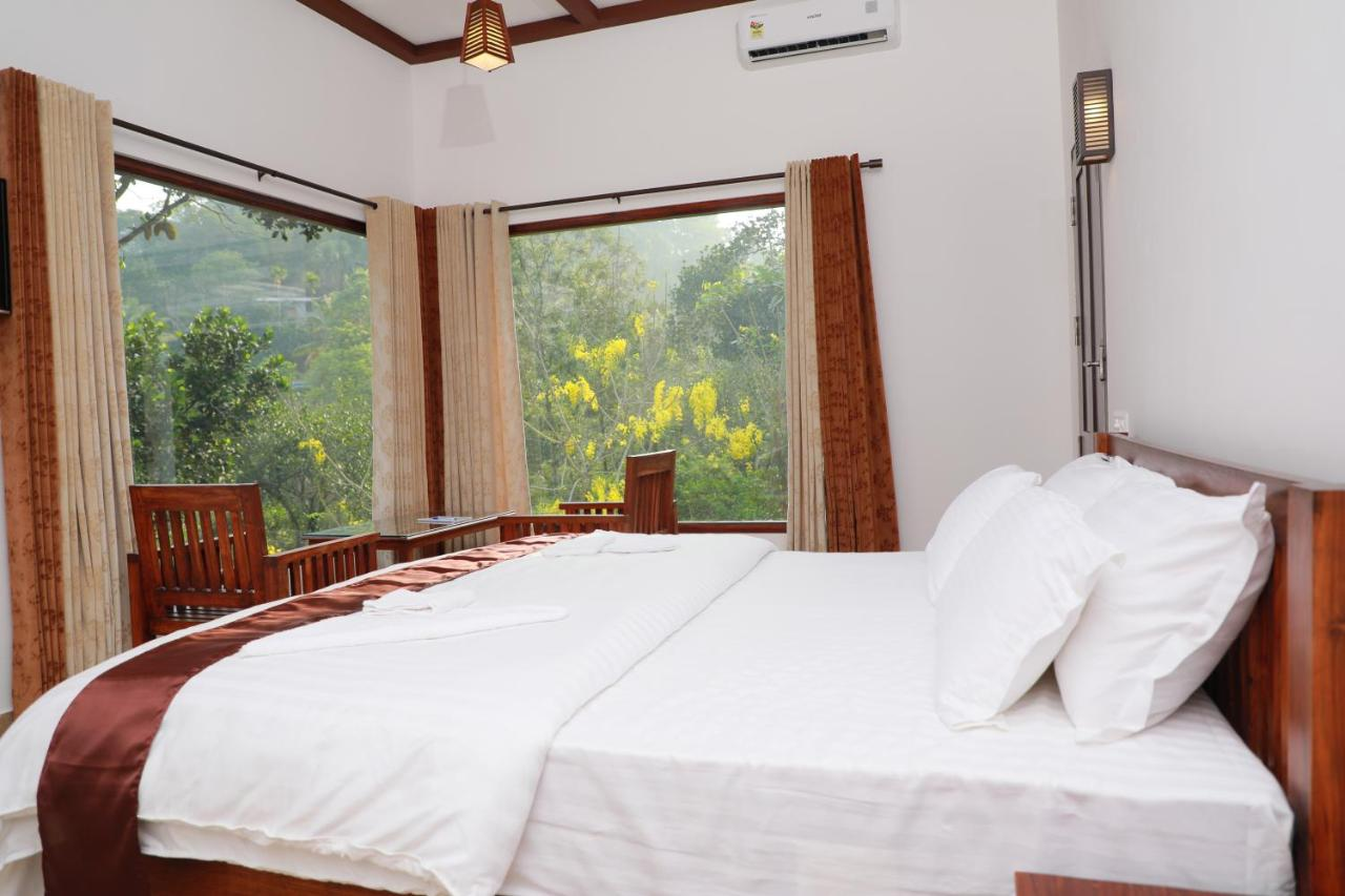 Dachterrasse Ideen Bed And Breakfast Coffee And Pepper Thekkady India Booking