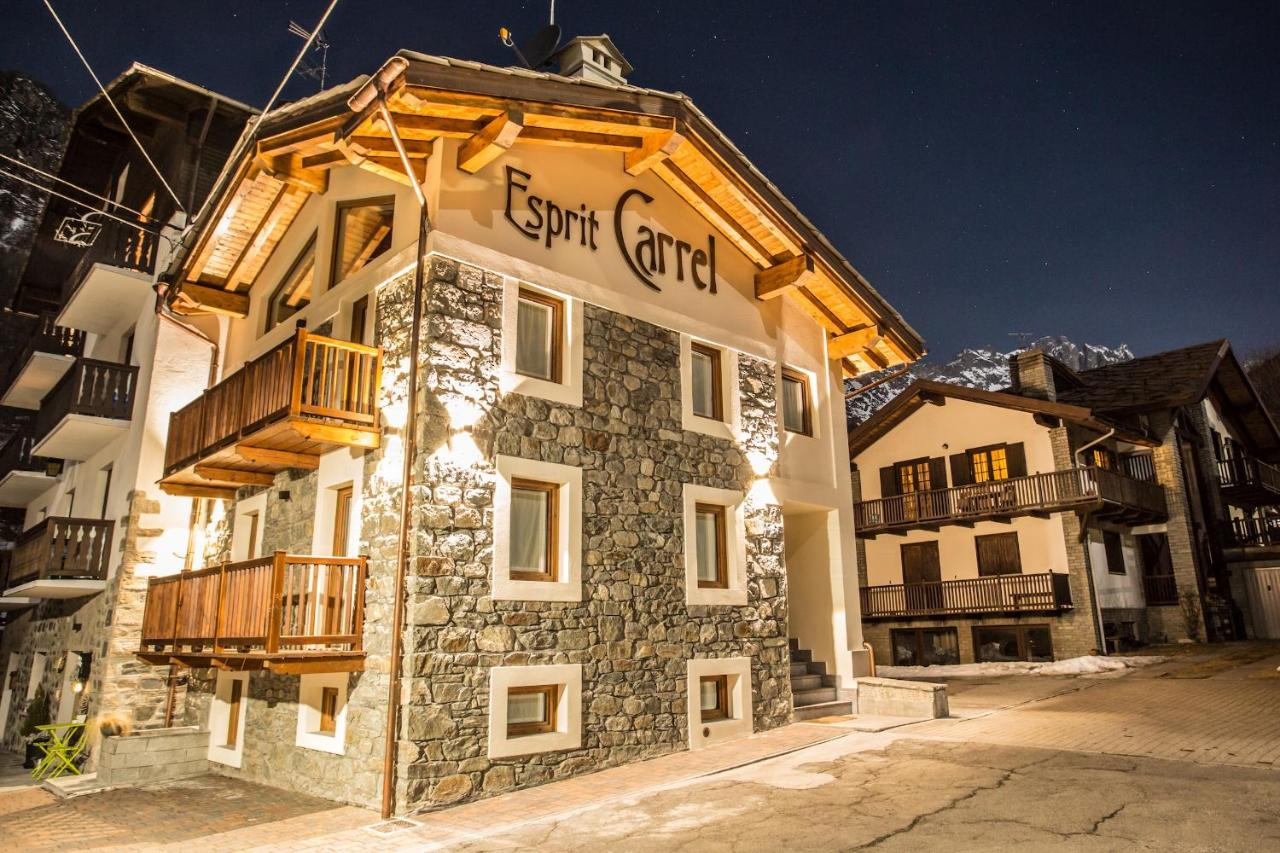 Tappeto Esprit Home Apartment Hellochalet Maison Kanj Valtournenche Italy Booking