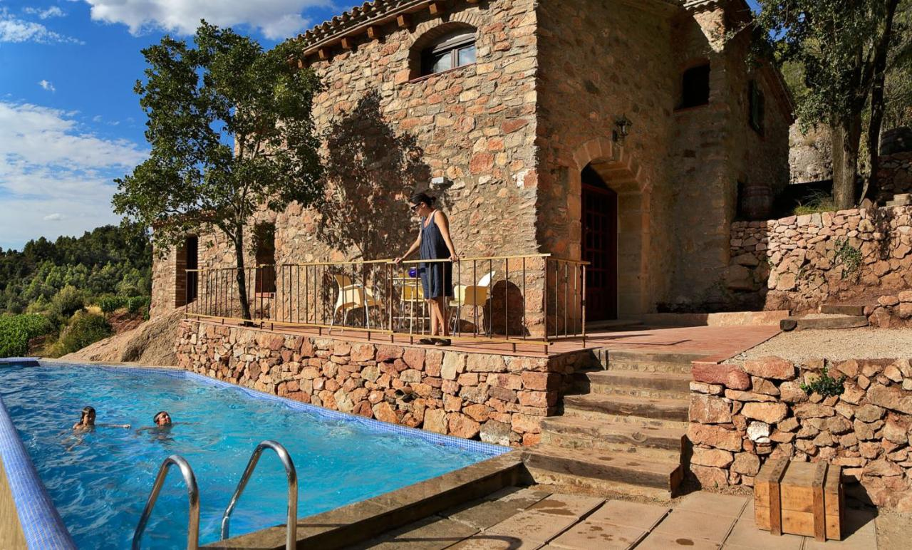 Hank Zwembad Vacation Home Les Quimeres Falset Spain Booking