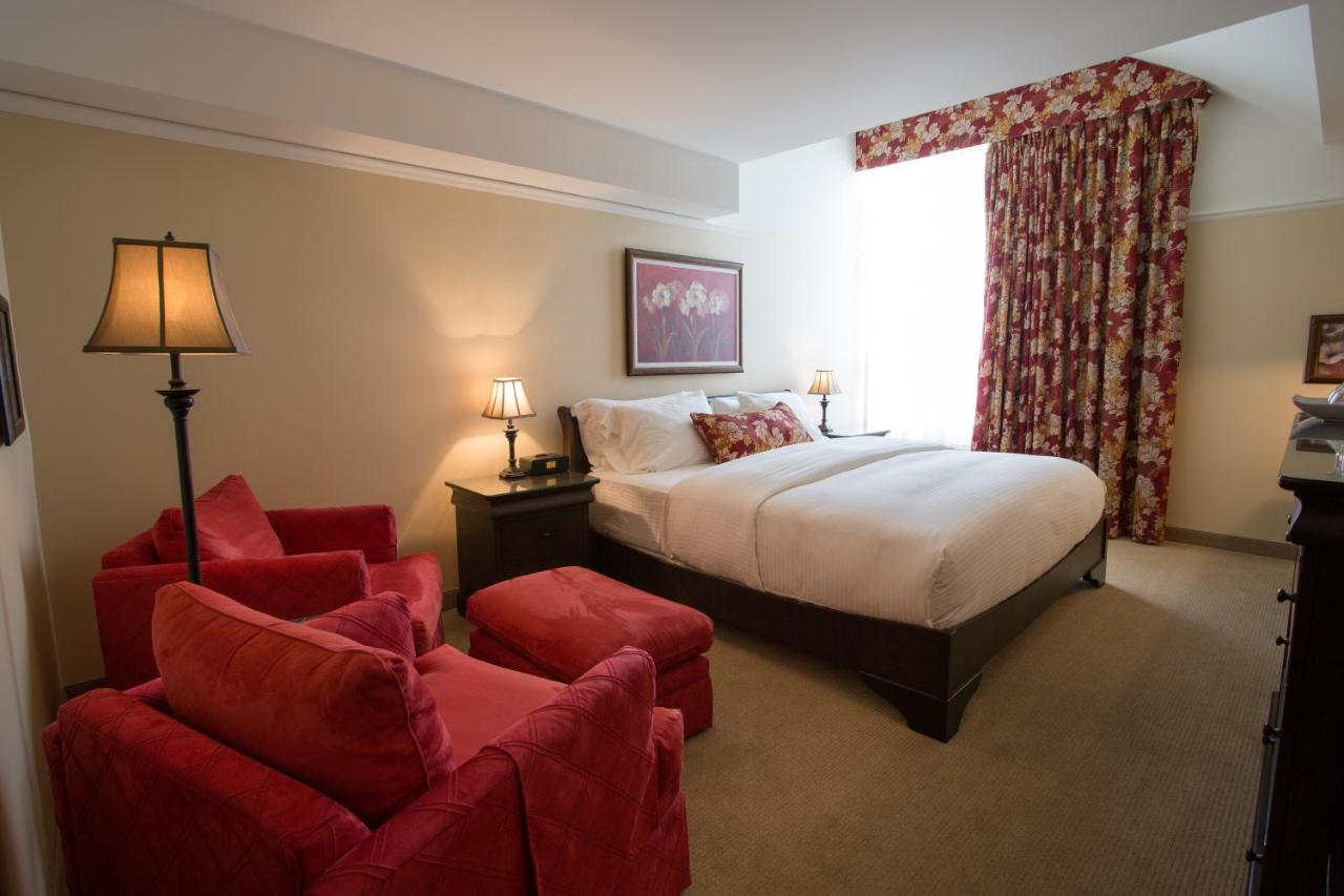 Meubles Ashley Saint-hubert Saint-hubert Qc St Martin Bromont Hotel Canada Booking